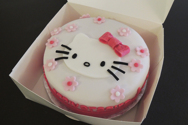 Gateau hello kitty simple