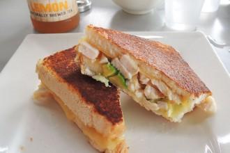 sandwich poulet avocat - Hamilton island
