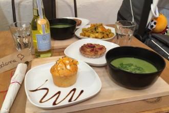 Formule du midi : soupe, cake salé et tartelette aux figues