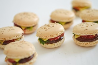 macarons mini burger