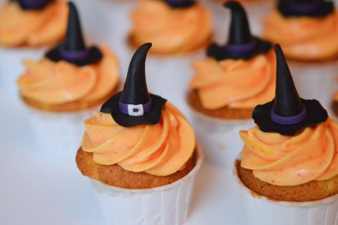 cupcake halloween sorcière