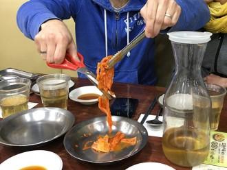 Découpe du kimchi