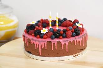 drip cake sans gluten chocolat fruits rouges
