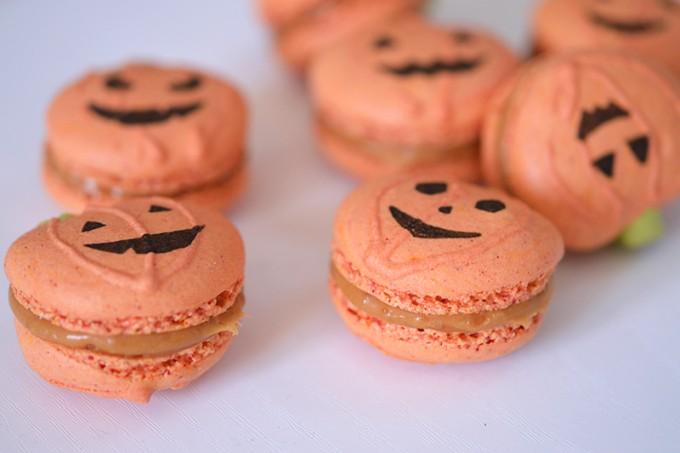 macarons caramel halloween citrouilles