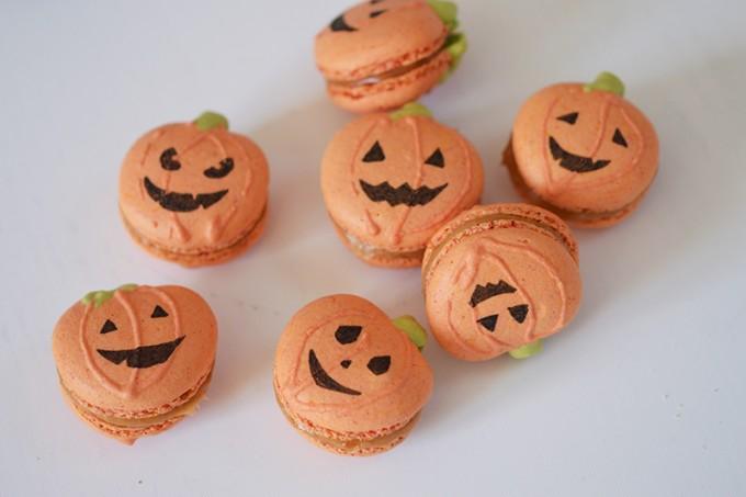 macarons halloween citrouilles
