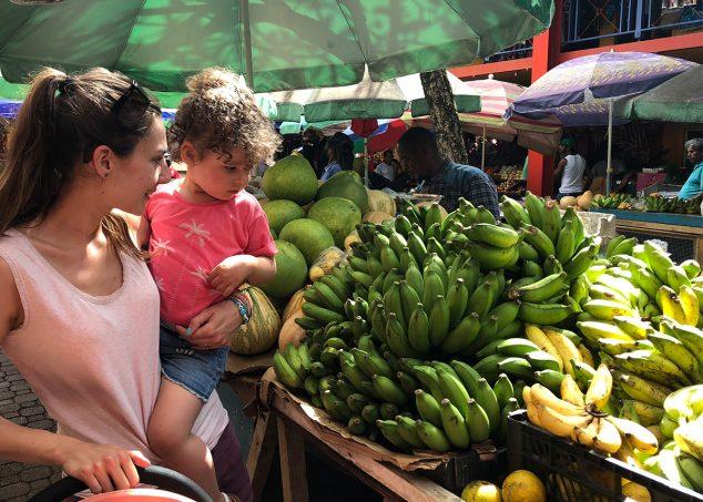 bananes marché seychelles mahé