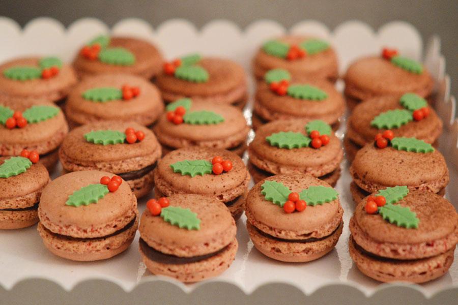 macarons au chocolat pour no l. Black Bedroom Furniture Sets. Home Design Ideas